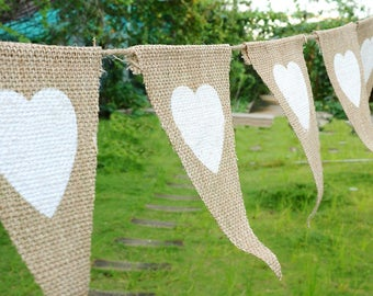 Burlap triangle love hearts banners,Triangle Banners,Love hearts Banners,Hessian Banners,Party photo prop,Wedding party decor