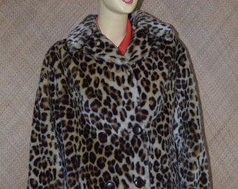 1950's Ladies Martinex Leopard Faux Fur Coat