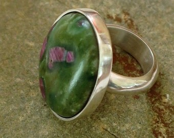 Ring silver Sterling 950 and Ruby fuchsite size 52 ~ 53 / / 6 ~ 61/2 US