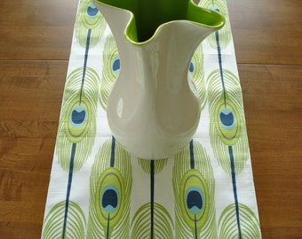 Table Runner / Dining Table Runner / Fabric Table Runner / Green White /Feathers/ Table Runner/ Buffet Runner / Spring Table/Ready To Ship