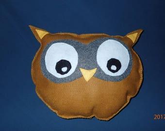 Owl, felt pillow