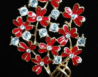 Elegant red flower pedals and Chrystal vintage brooch pin