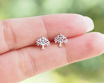 A pair of Tiny Tree Stud Earrings, Tree Earrings, 925 Sterling Silver, Everyday Jewelry Gift, Nature Jewelry - SB238