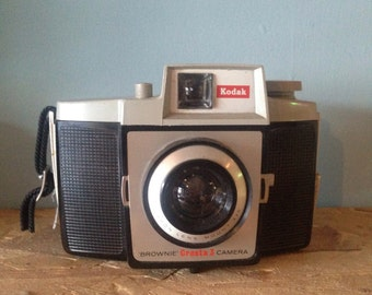 Kodak brownie cresta 3 camera working vintage retro 1970's 1960's hipster film antique bohemian