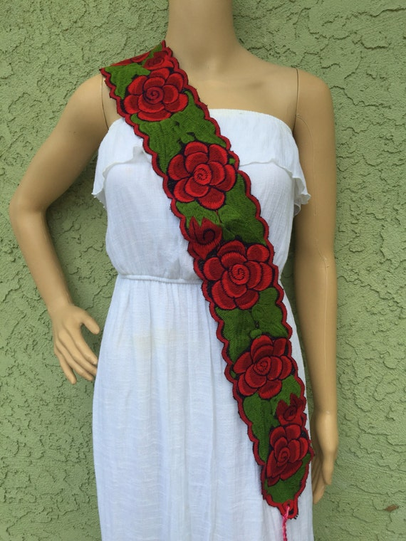 One size adjustable embroidered mexican belt by