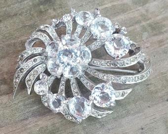 Vintage Reja Signed Crystal Pave Rhinestone Rhodium Plated Deco Style Brooch Pin