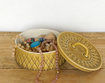 Vintage Relief Kronjyden sugar bowl.Jens Quistgaard.Danish mid century modern.Stoneware.Table sugar bowl lid covered.Lidded jar.Jewelry box