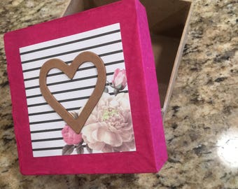 Floral Heart Gift Box