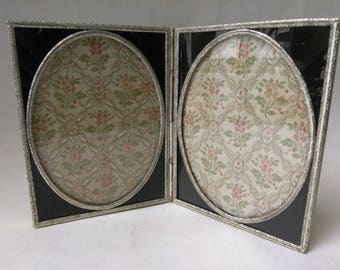 "FREE SHIPPING, 4 1/2"" x 6"" Antique Folding Picture Frame, Silver Floral Photo Frame, Metal Vintage Frame, Victorian Frame"