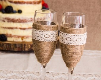 Twine And lace Wedding Champagne Glasses Rustic Toasting Flutes Wedding Champagne Flutes Bride and Groom Wedding Glasses Champagne Glasses