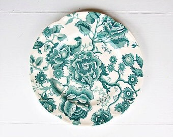 """Vintage Johnson Brothers """"English Chippendale Green"""" Salad Plate 8"""" - Chintz Plate, Chippendale Salad Plate, Decorative Plate, Green Plate"""