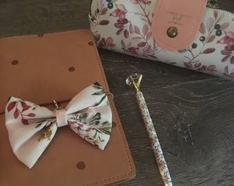 Blush Floral TN bow