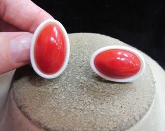 Vintage Pair Of White & Red Clip Earrings