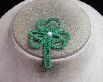 Vintage St Patricks Day Hand Made Knitted Shamrock Faux Pearl Pin