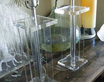Vintage Mid Century Modern Retro Pair Of Lucite Table Lamps