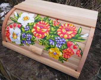 Breadbox Wooden breadbox Flowers breadbox Painted breadbox Handmade breadbox Rustic Breadbox Kitchen decor