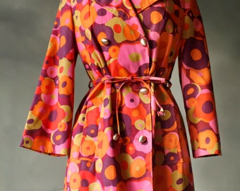 Bright and funky 1960's Jacket!