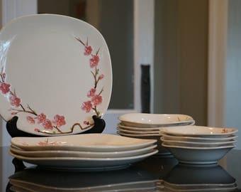 Vintage Metlox Pottery/ Set of 4 Peach Blossom Poppy Trail California Made/ 1950s