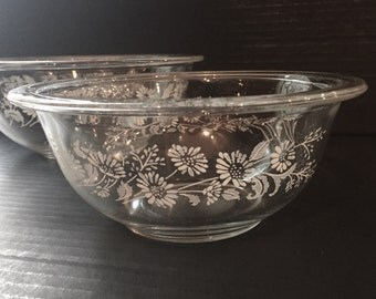 Vintage Pyrex Mixing Bowls, Clear Glass Colonial Mist Mixing Bowl