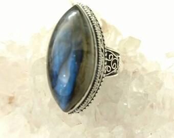 CLEARANCE *Beautiful Labradorite Ring, Size 8