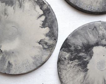 Marbled concrete coaster