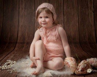 Photography prop baby girls sitter size romper with matching bonnet 6-24month