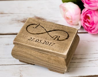 Rustic Wedding Ring Box Personalized Wooden Box Wedding Ring Bearer Box Burlap Box Infinity Ring Holder Decoration
