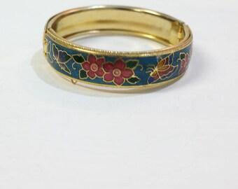 Vintage metal Golden bracelet
