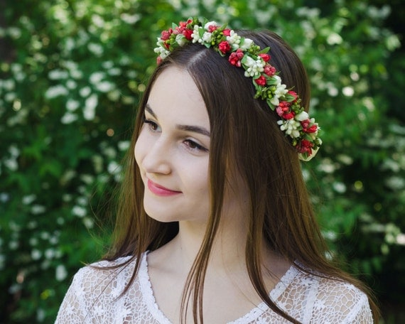 Ukrainian Vinok / red green white flowers / floral wreath with white or red bow / flower gir headband / accessory for  embroidered shirt