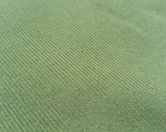 Cotton Needlecord / Baby cord / Corduroy Fabric: Grass Green