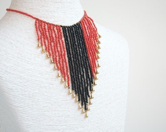 Red Black necklace, Choker, necklace bib, Collar Huichol, exotic necklace, curtain, red, black, gold drops