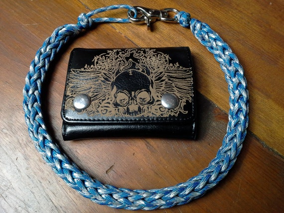 Blue camo handcrafted 550 paracord wallet chain lanyard black for How to make a paracord wallet chain