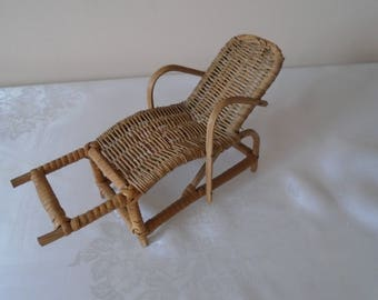 miniature woven chair/ lounger