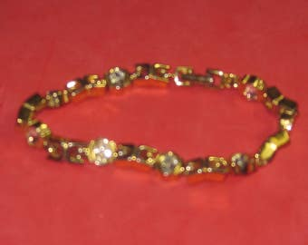 A-56 Vintage Bracelet 7 in long