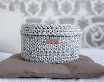 Silver chrochet basket for jewelry with cover/bathroom silver basket/crochet basket/bedroom storage/home storage/hallway basket