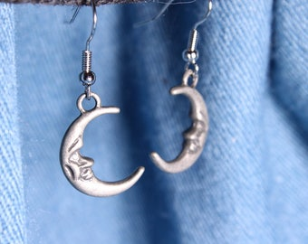 Crescent Shape Moon Earrings