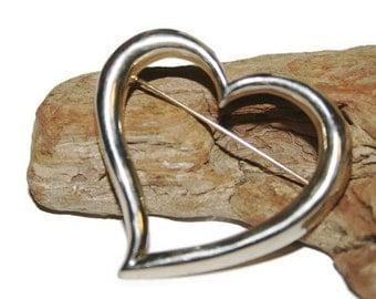 Silver Heart Brooch, Heart Jewelry, Silver Heart Pin, Silver Jewelry, Vintage Brooch, Stylized Heart, Pin Brooch, Large Heart Pin