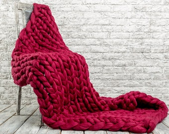 Super Thick Carpet. GIANT Throw. Chunky knit blanket. super bulky blanket. Super bulky Merino Wool. Extreme knitted blanket. 23 microns
