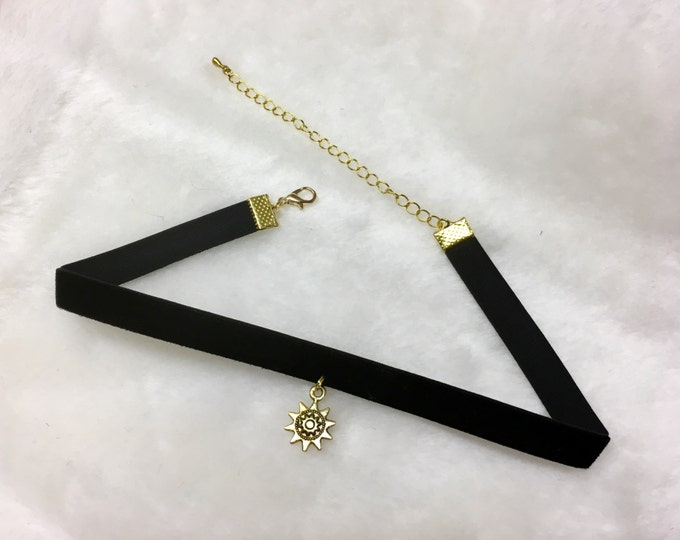 SUNNY DAY: black velvet and tibetan sun choker