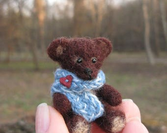 Needle Felted Bear. Little Bear With a Scarf. Felted Miniature Toy.