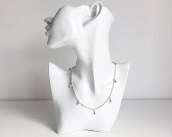 SALE - Silver Rolo Chain Teardrop Choker Necklace