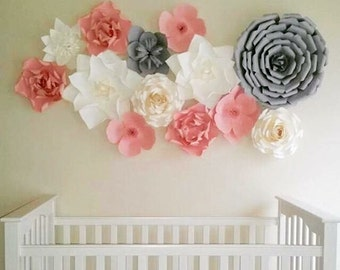 Nursery room paper flowers / Paper Flower Backdrop / Giant Paper Flowers Wall / Paper Flower Wall /Large paper flowers /