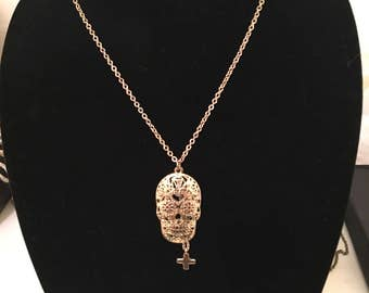 Skull and Cross Chain Necklace