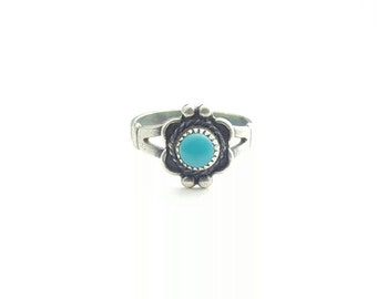 Vintage Sterling Silver Native American Bell Trading Company Turquoise Flower Ring- Size 5.25