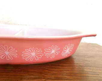 Vintage Pyrex Pink Daisy Divided Dish / Pyrex Pink / Pyrex Daisy / Pink Daisy Divided Dish