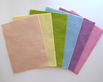 Felt sheets 100% organic wool dyed with plants. Organic wool felt, light colours.