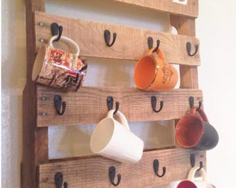 Coffee Mug Display// Hanging Coffee Mug Wall Decor