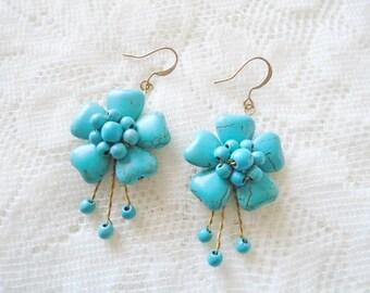 Turquoise flower earring, Gemstone dangle earring