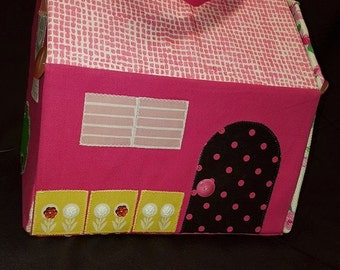 Fabric Carry Along Portable Dollhouse Plus Accessories