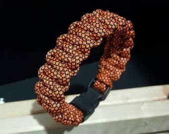 Basic paracord bracelet